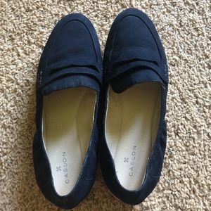 Navy Caslon Loafers in Navy
